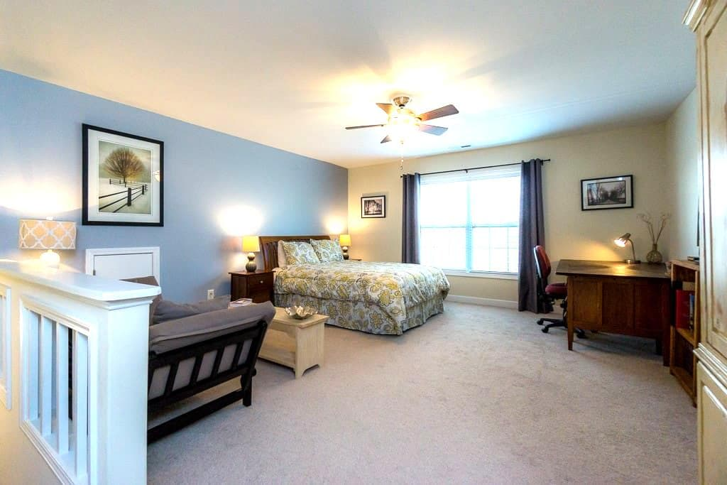 Near RTP & RDU. Quiet, cozy suite. - Morrisville - Casa