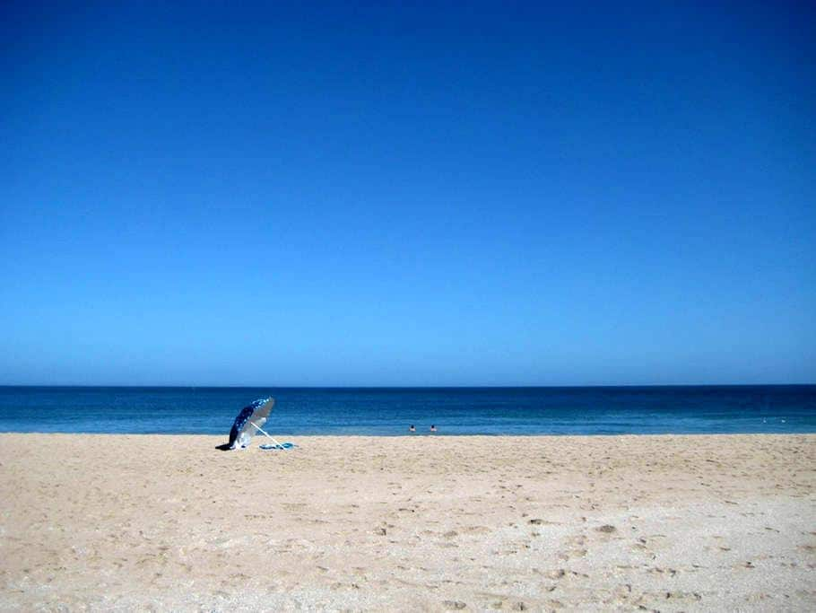 Absolute Beach B&B - KING ROOM 1 - St Helena Bay
