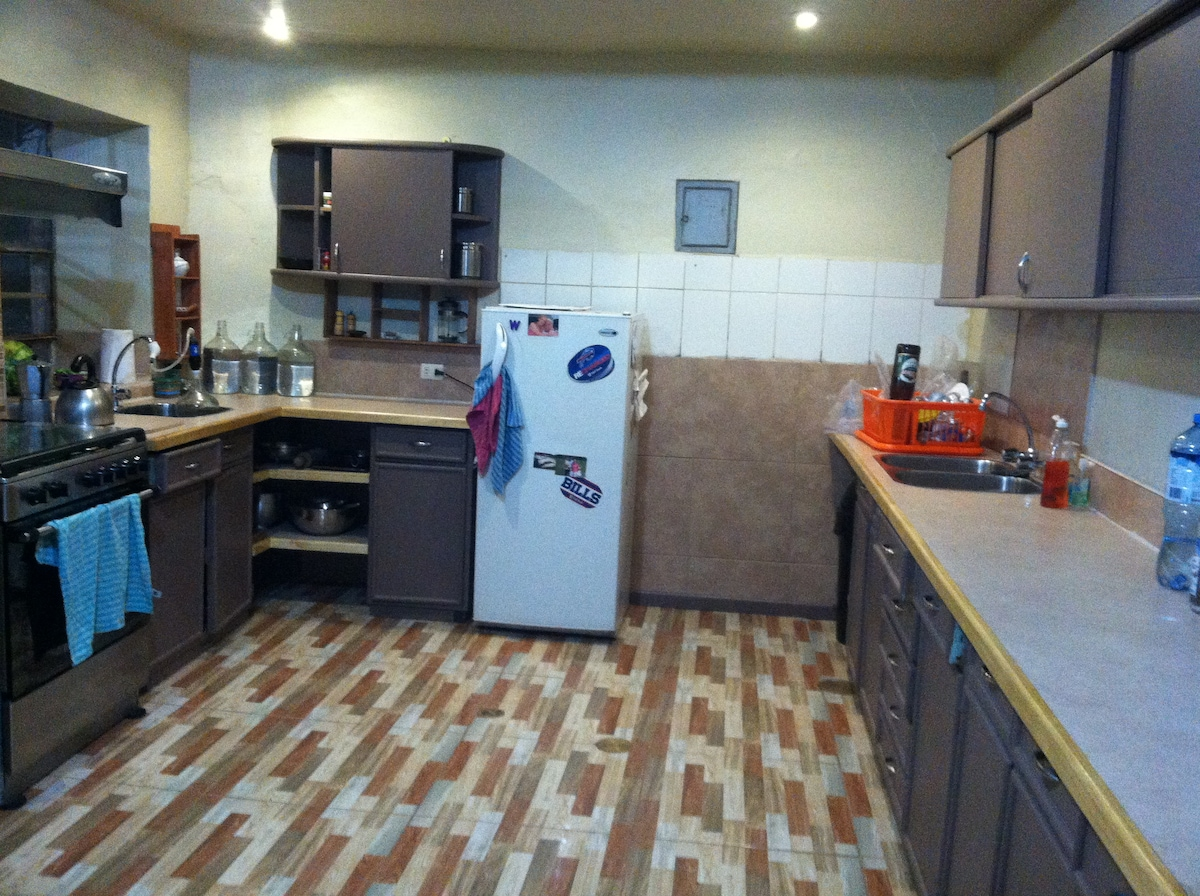 New kitchen, yeah!