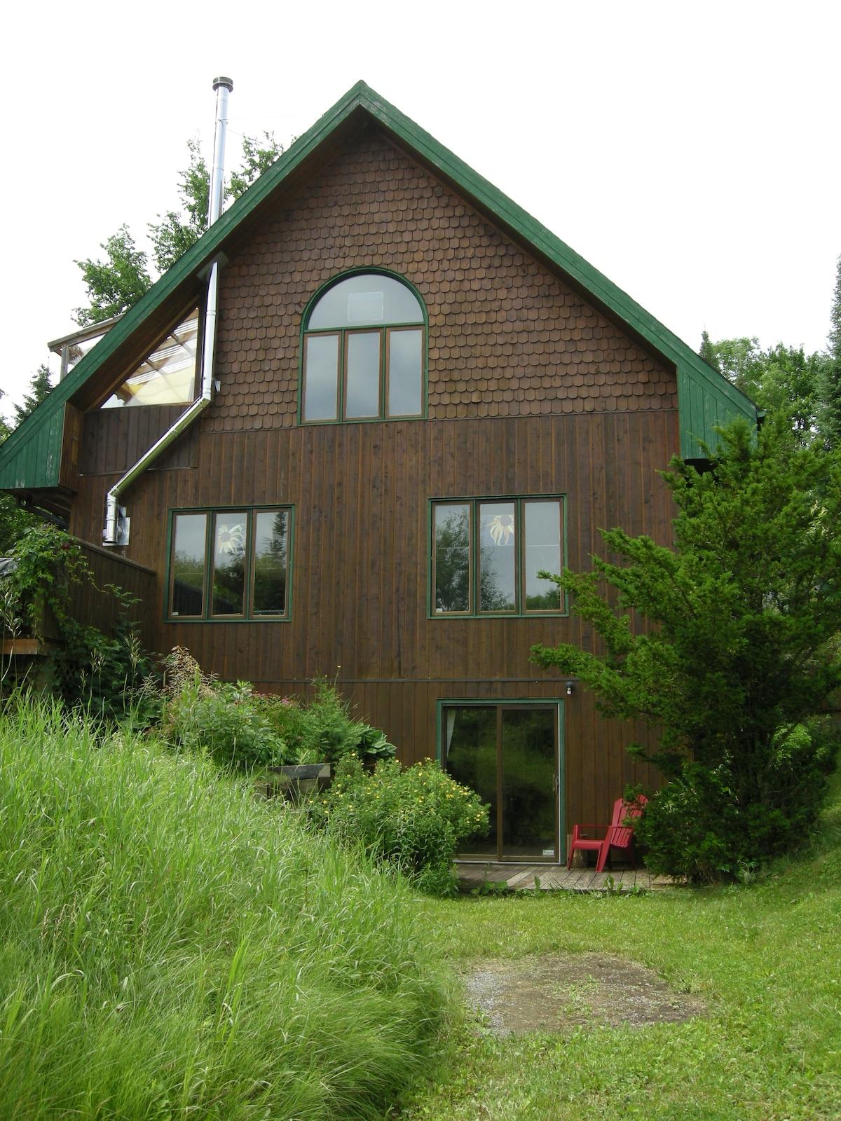 Heidi's Gatineau Hills Retreat