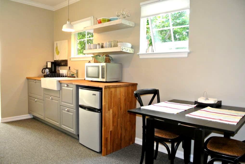 Casaluna: Berkeley Garden Cottage - Berkeley - Apartament