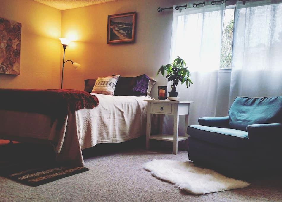 Cozy, Spacious Room--Walk to the beach! - Aptos - Huis