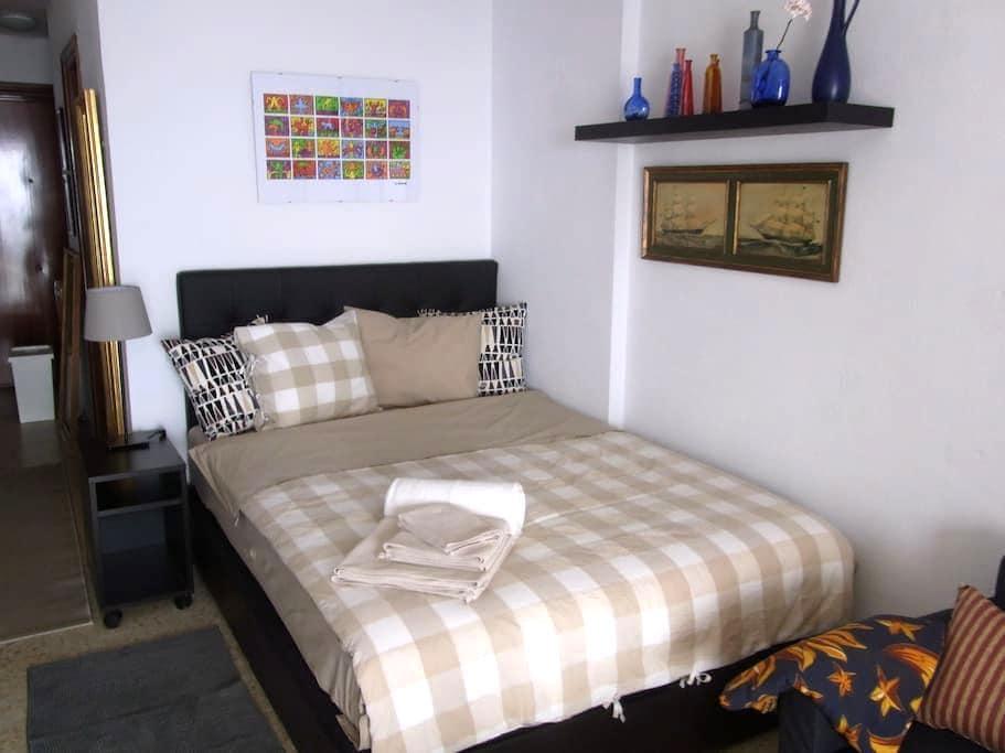 """Apartment """"Las Conchas"""",Sunrise - Torremolinos - House"""
