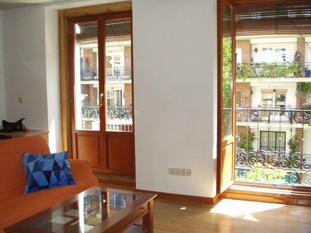 balconies -- balcones