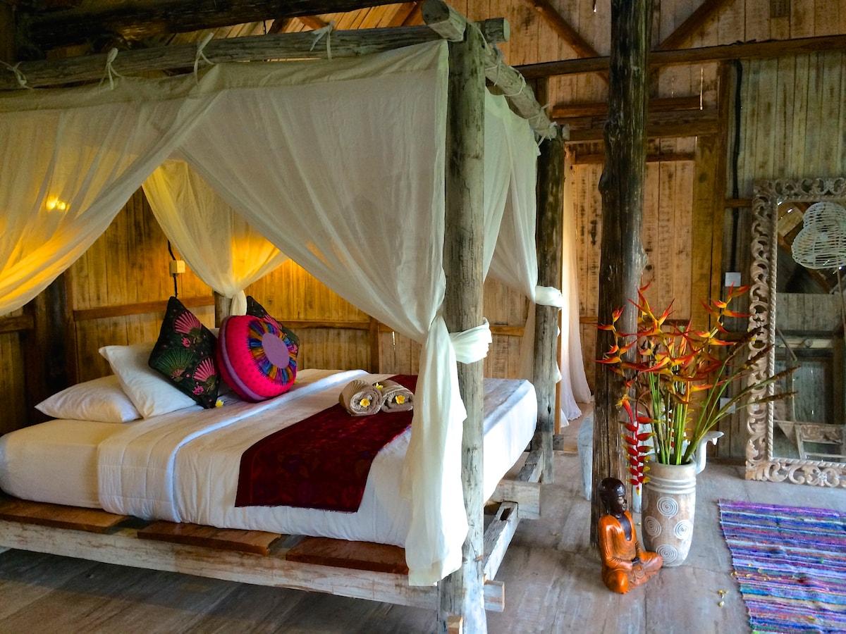 Eco-Luxury Joglo Retreat Sleeps 15