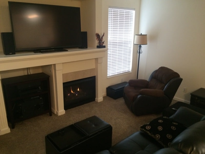 Cozy Condo 15 minutes from Denver