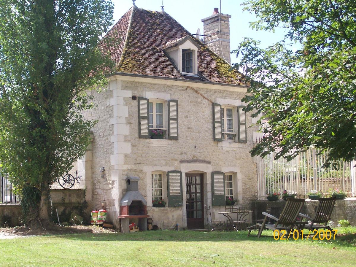 Western Gatehouse Gite