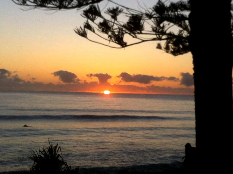 Beautiful Burleigh Heads - Burleigh Heads