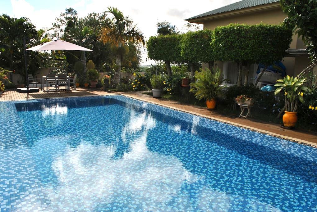 Beautiful House w/ Swimming Pool - Mapou