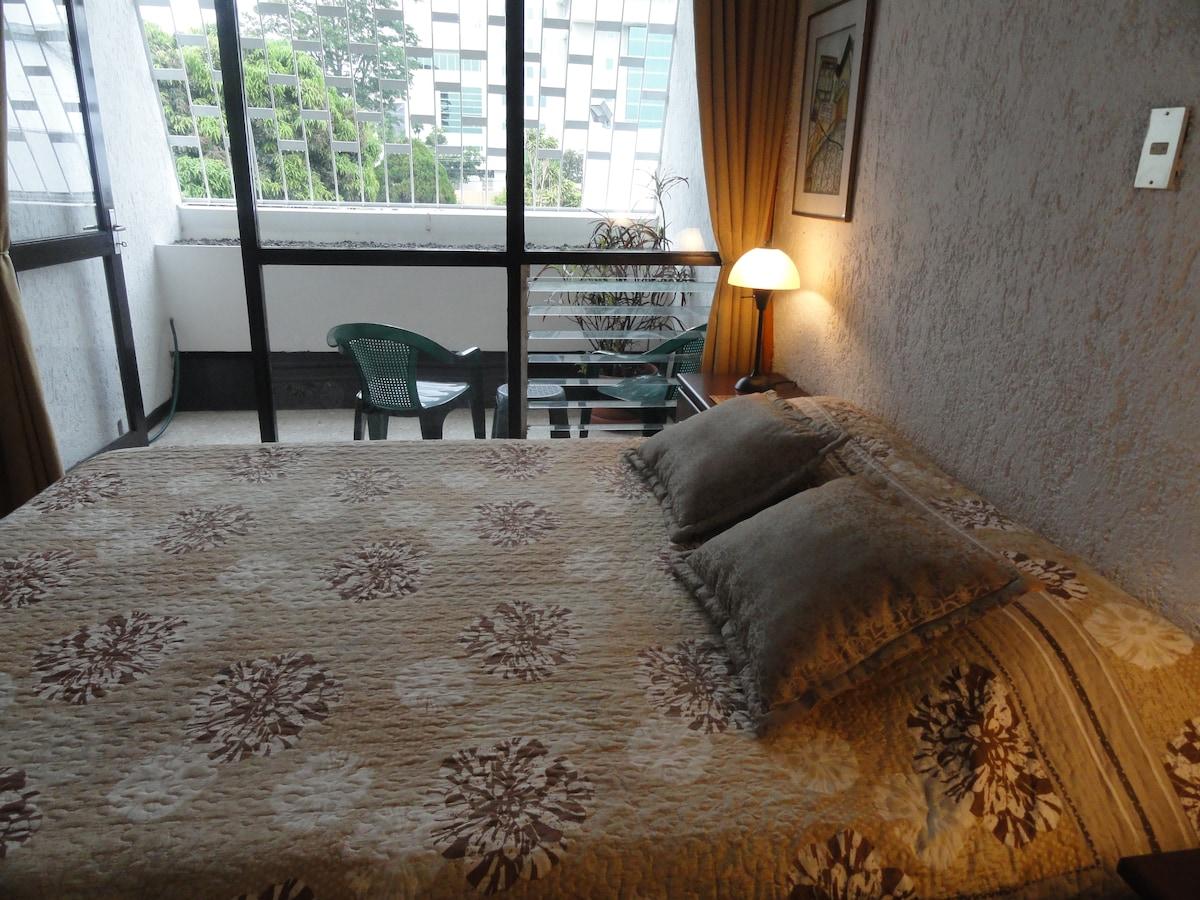 Superior room, queen-size bed, en-suite balcony, view 3