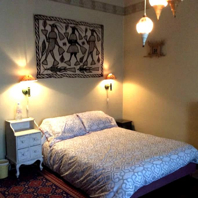 Chambre exotique - Voncq - Hus