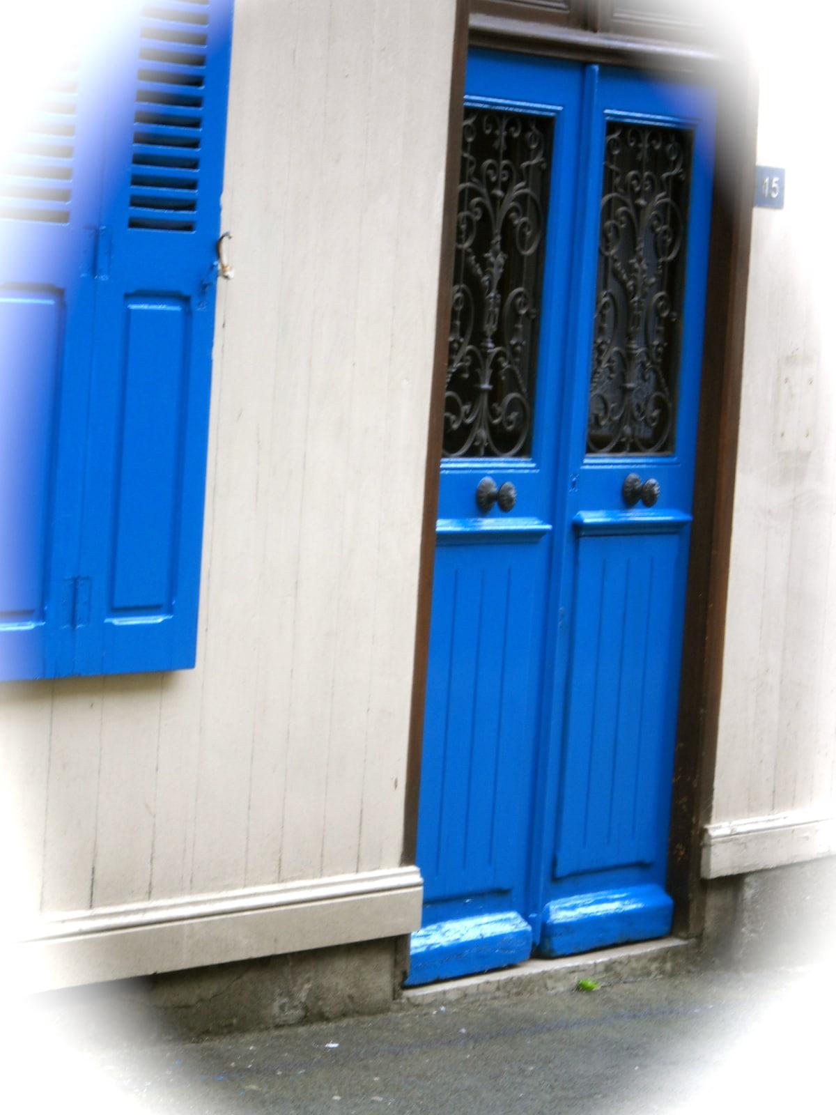 entrance rue Beaumanoir