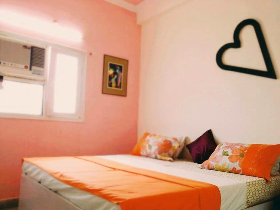 Doctor home stay & full power cafe. - Agra - Apartamento