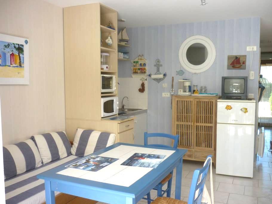 Appartement privé en bord de mer - La Turballe - Departamento
