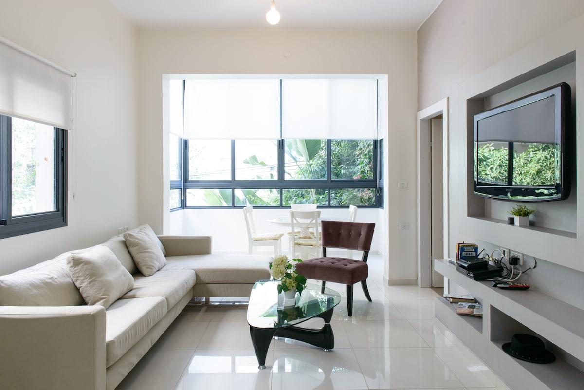 Luxury 2 bdrm on Hilton beach! - Wohnungen zur Miete in Tel Aviv ...