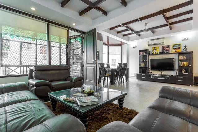 Qutub View apartment-Moonshine room