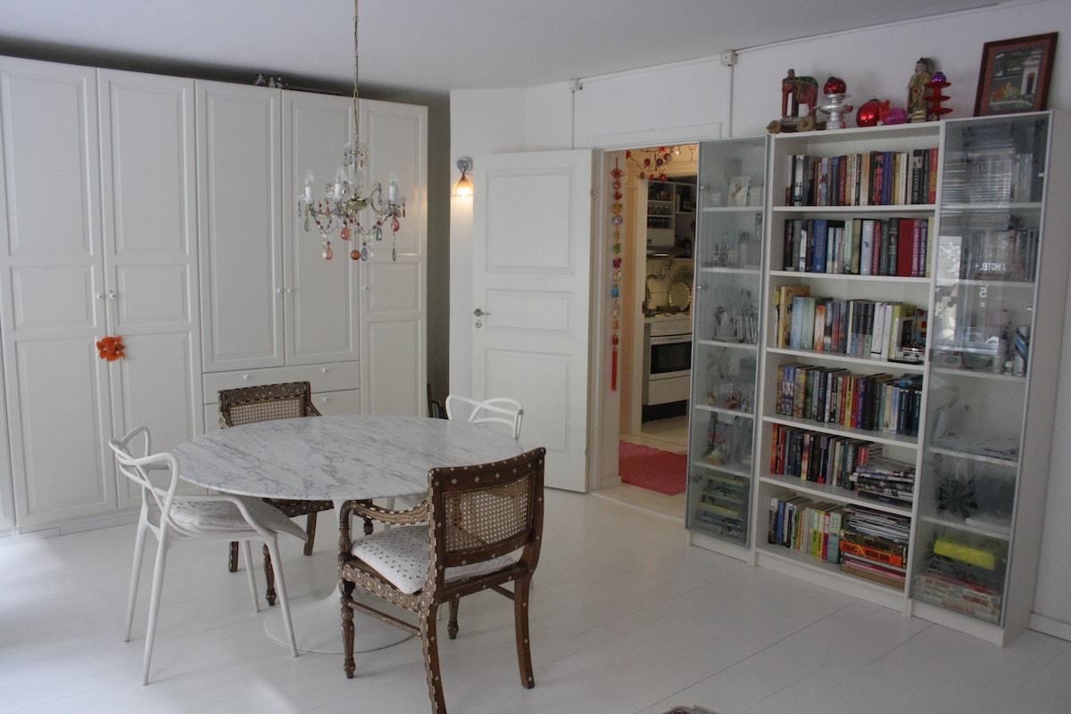 Dejlig lejlighed 2 min fra Hovedban