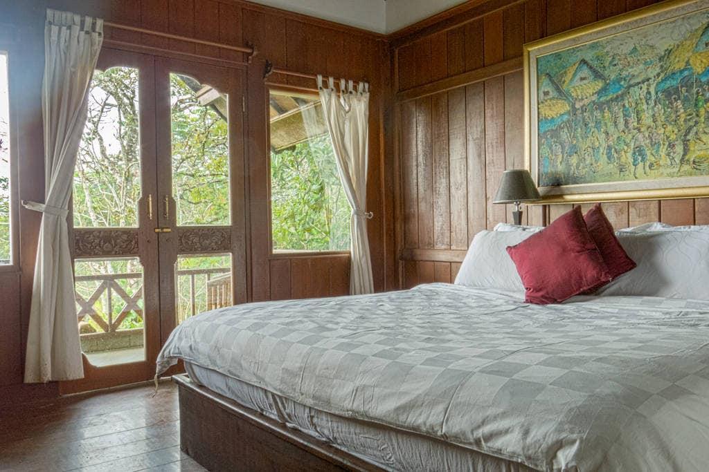 Peaceful Mountain Villa