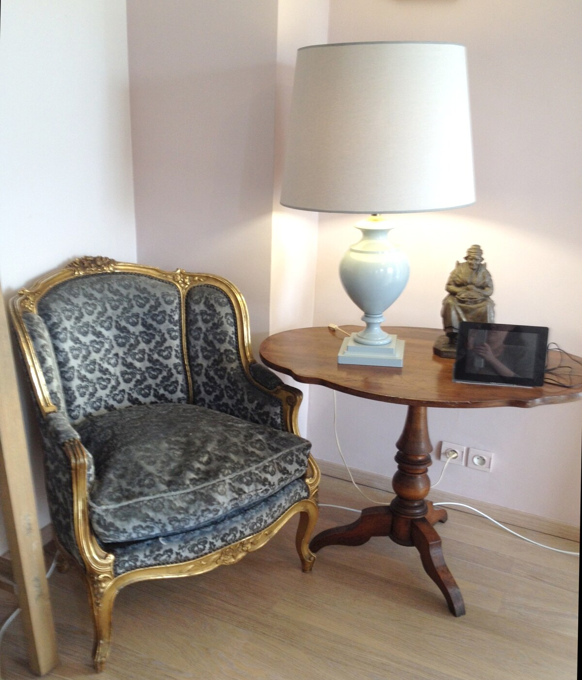 Bourgeois Apartment 3 bedroom WIFI