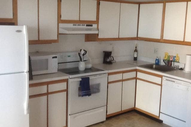 Large Kitchen with ceramic top stove, oven, microwave, and all the cooking utensils and accoutrement to make a great meal.  Just add food.