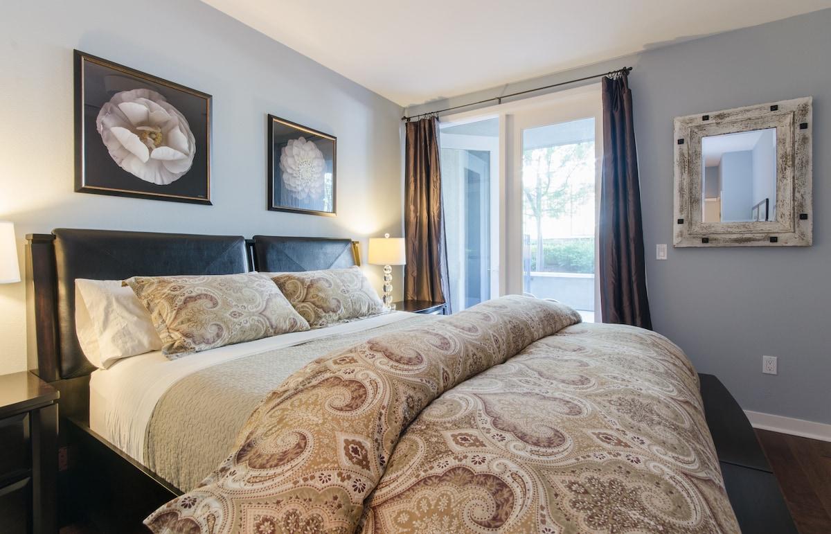 Lovely Master Bedroom & Bath