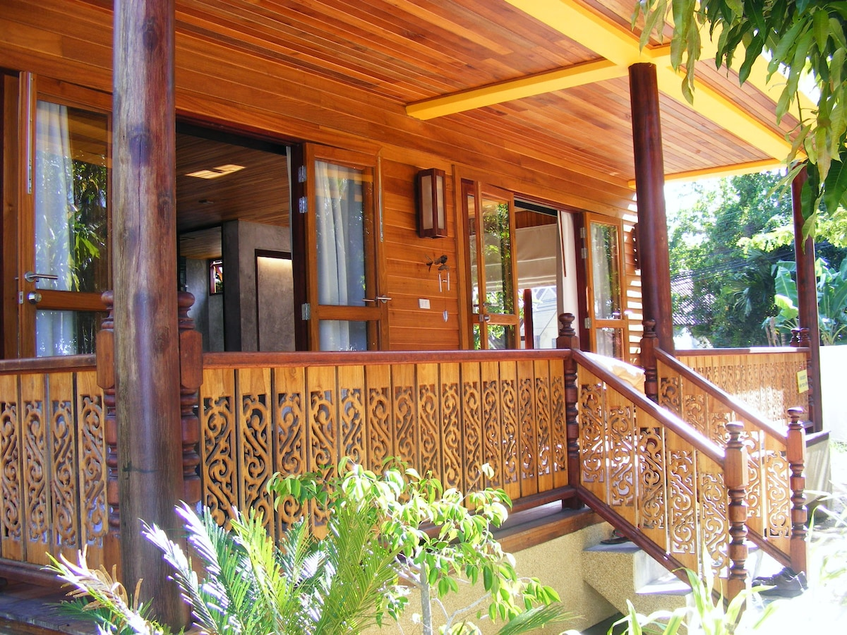 Beautifully big balcony where you can spend time in the paradis island.