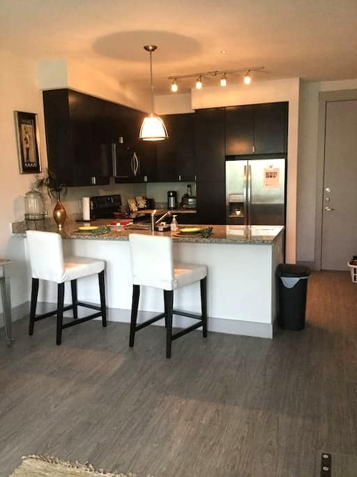 STYLISH UPTOWN Unit Near Local Life - Dallas - Appartement