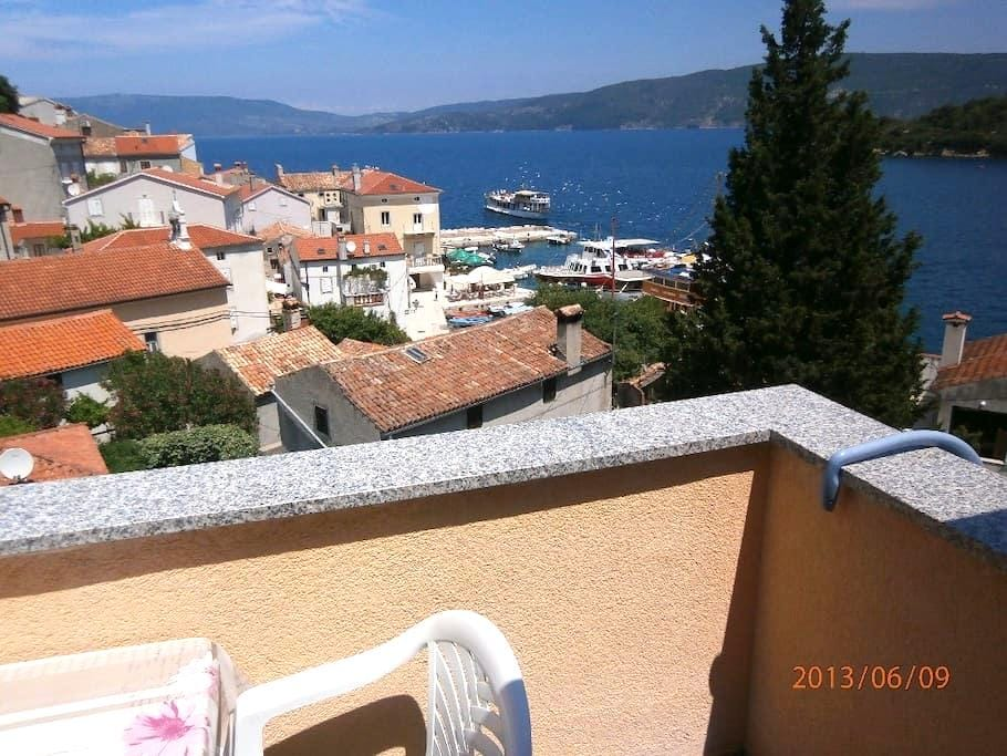 SEA VIEW BRNIĆ apart. N.3 FOR 2+2 - Valun - อพาร์ทเมนท์
