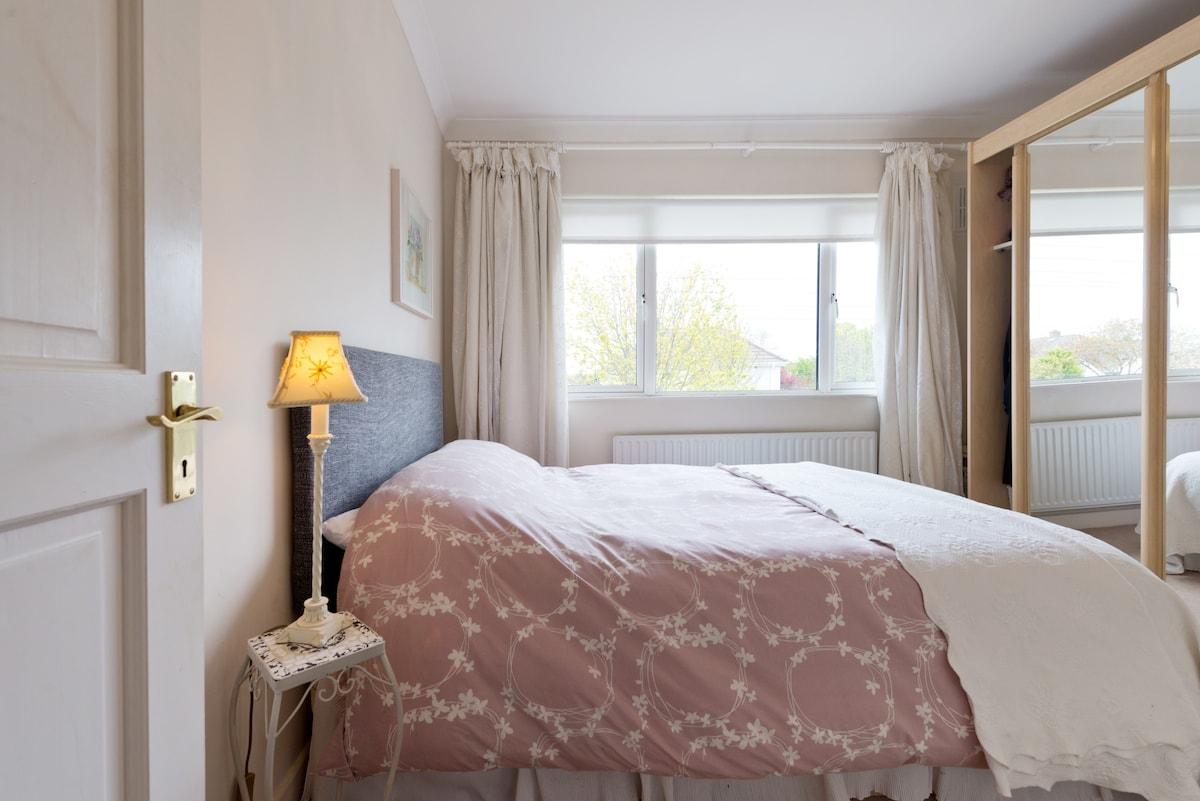 Private bright room