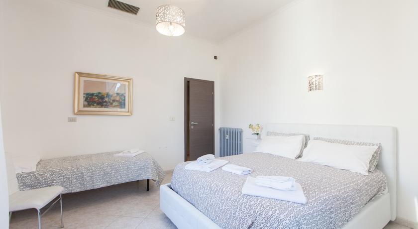 """""""Raffaello"""" Apartop Quadruple room"""