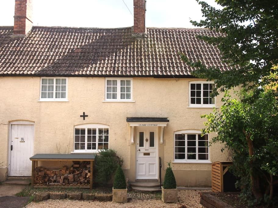 Lovely sunny room with garden view - Sherborne - Bed & Breakfast