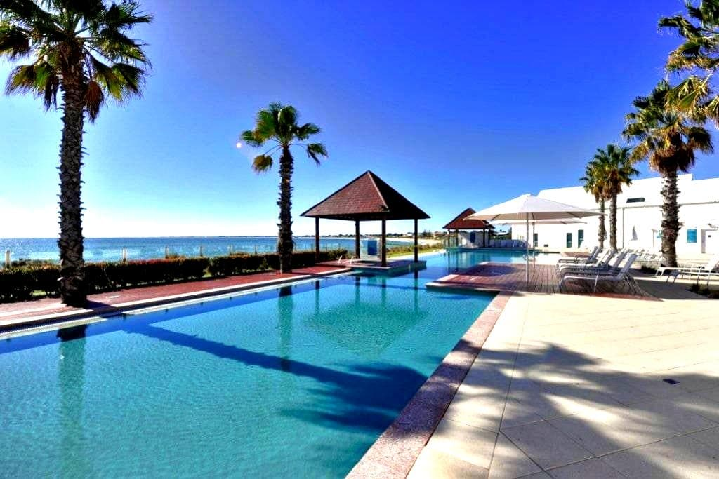 Ocean Marina Resort Apartment - Mandurah - Daire
