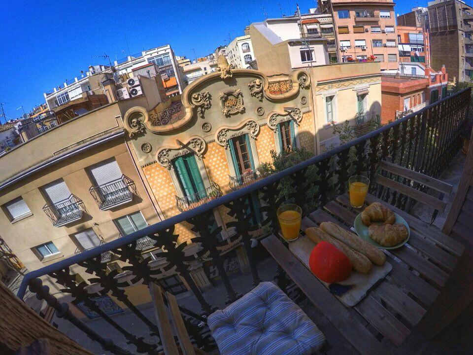 cool room,balcony & sun