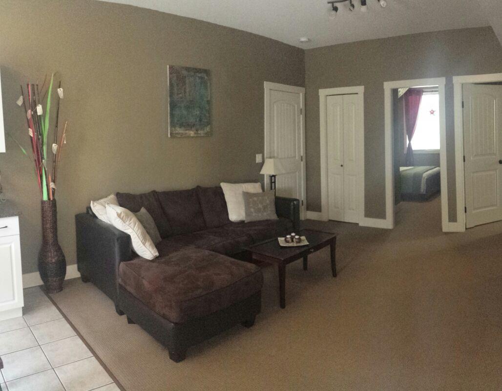 Cozy suite in the sunny Okanagan