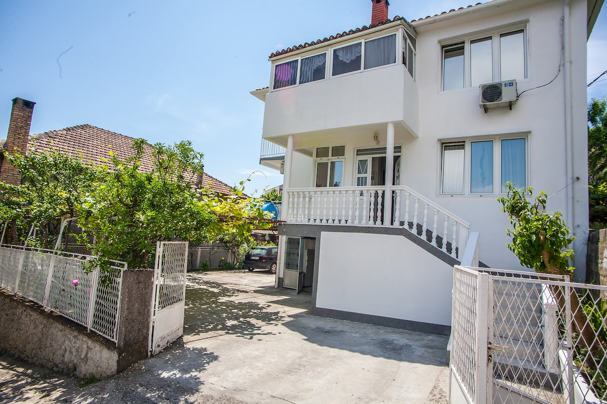 Ulcinj city center triple room