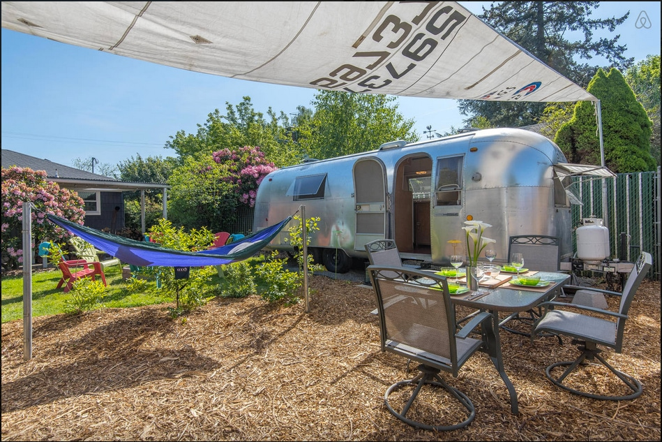 Airstream- Mt Tabor Silver Bungalow