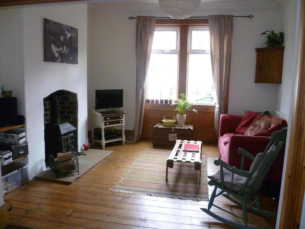 Loft room in leafy Newcastle street
