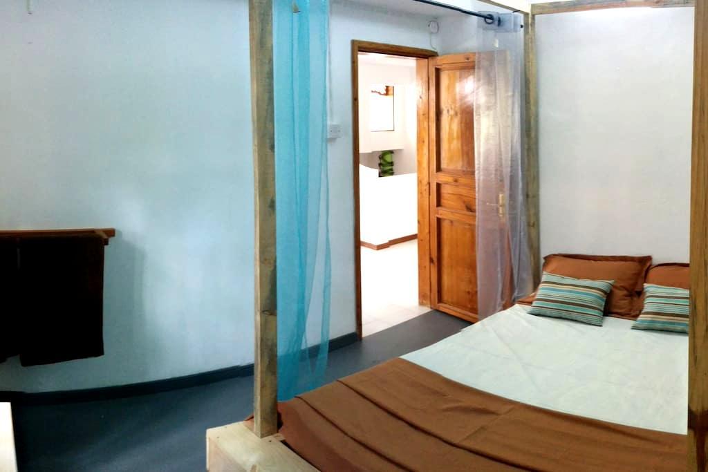 le jardin de frangipane 1 - Blue Bay - Bed & Breakfast