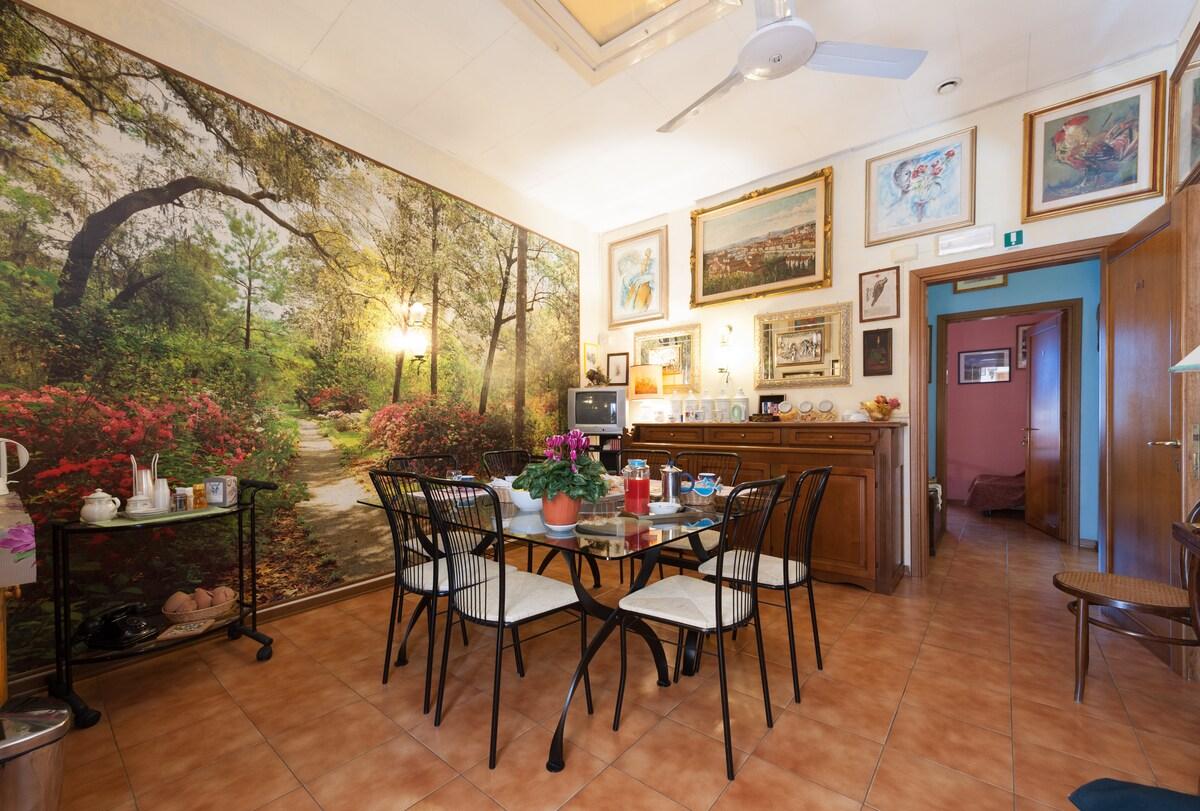 B&B Soggiorno Petrarca - Room 5 - Bed and breakfasts for ...