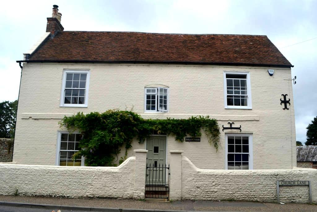 Stylish family home near Goodwood and Chichester - Eastergate - Lejlighed