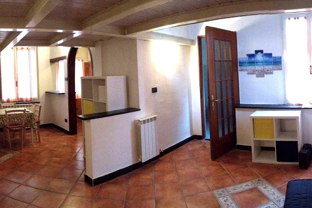 Albenga nel Centro Storico ristrutturato a nuovo - Albenga - Квартира