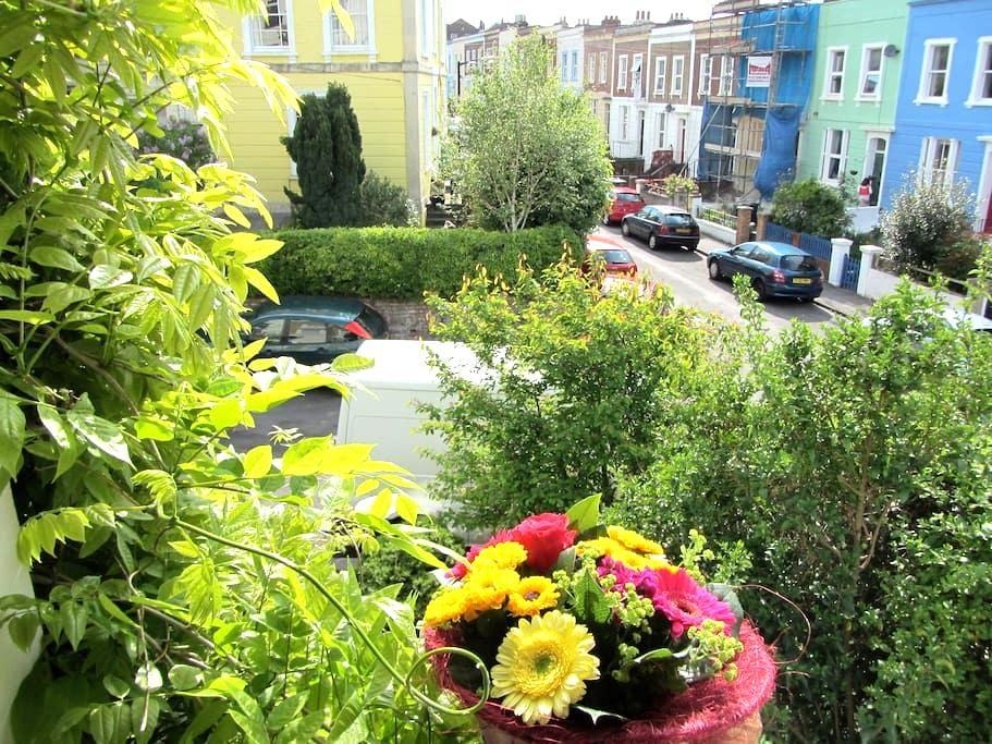 Cute Quirky Flat in Prime Location - Bristol - Leilighet