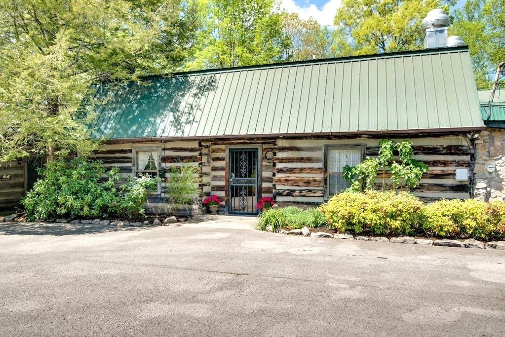 Country Inn Steeped in History/Hachland - Cedar #2 - Нэшвиль