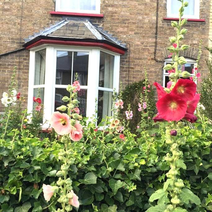 Town Centre Victorian Terrace - Stowmarket - Rumah
