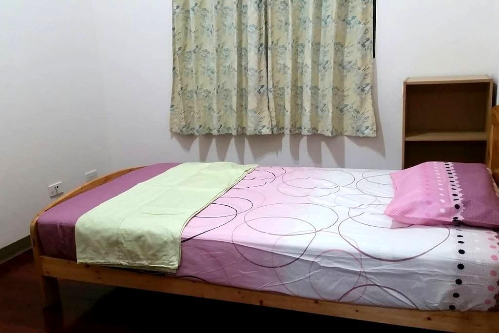 Mi House-T1b 小米之家-1人 - Shulin District