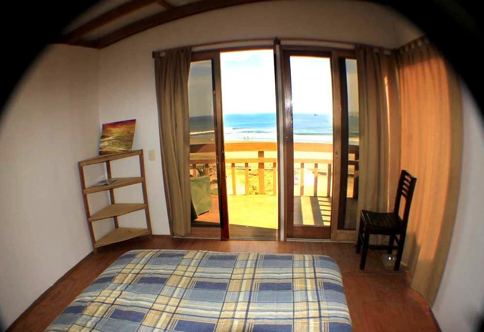 Room 2 La Vista Eco-House - Lobitos District - Bungalo