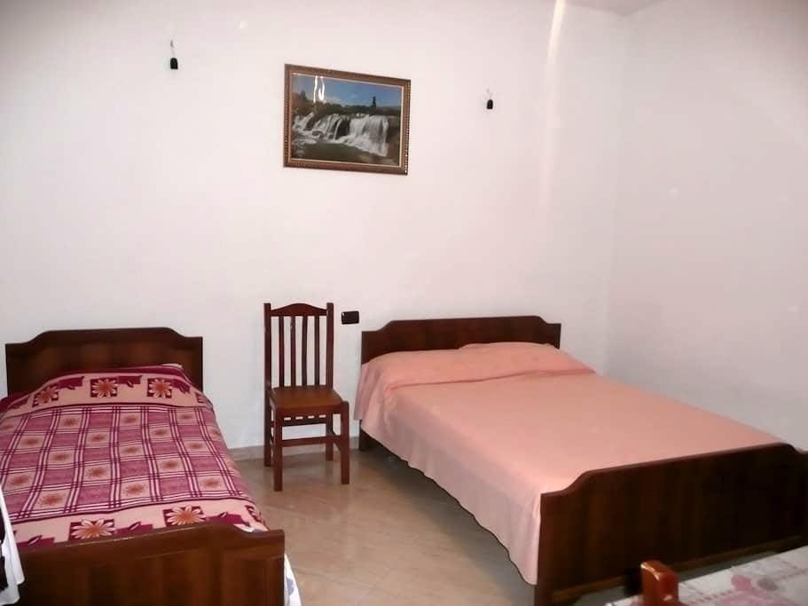 New Beach Hillside. Private room. - Vlorë - House