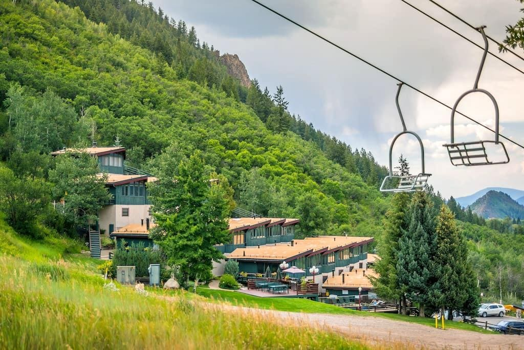 Mountain views from slope side home - Aspen