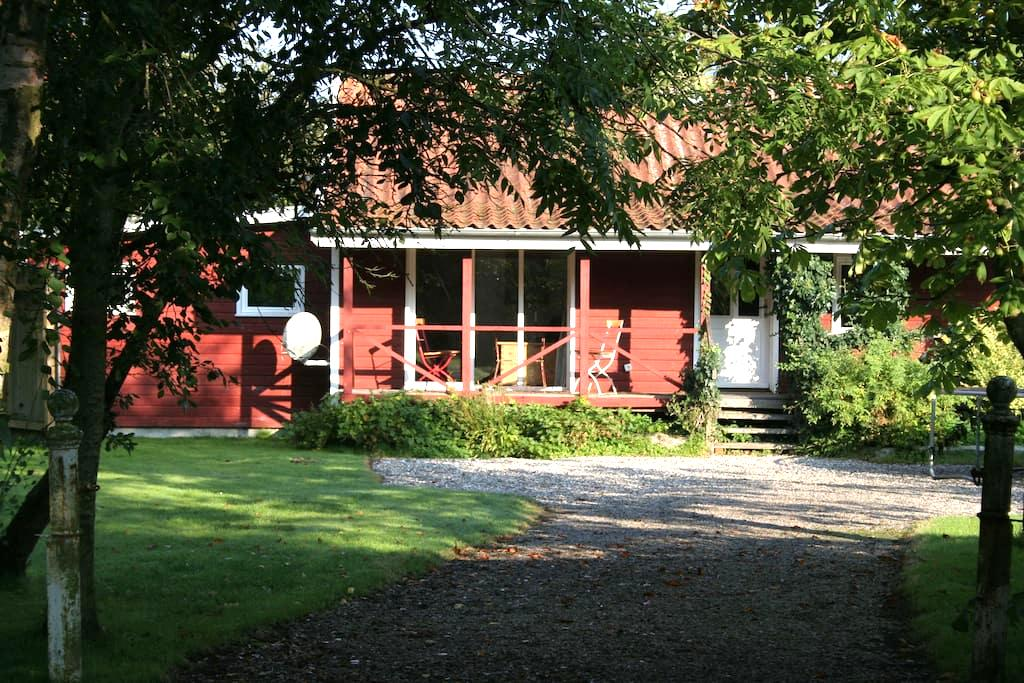 Ferienhaus Nissen - Ockholm - Talo