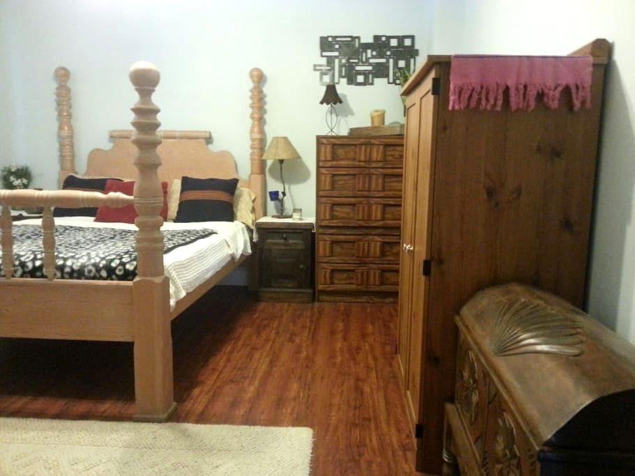 Beautiful cozy home - North Miami - Apartment